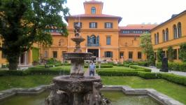 In the Lenbachhaus Gardens