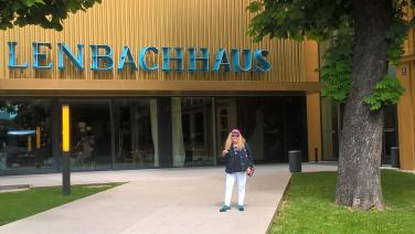 Entering Lenbach Haus Museum in Munich